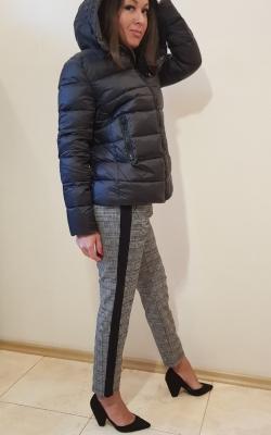 Курточка-пуховик